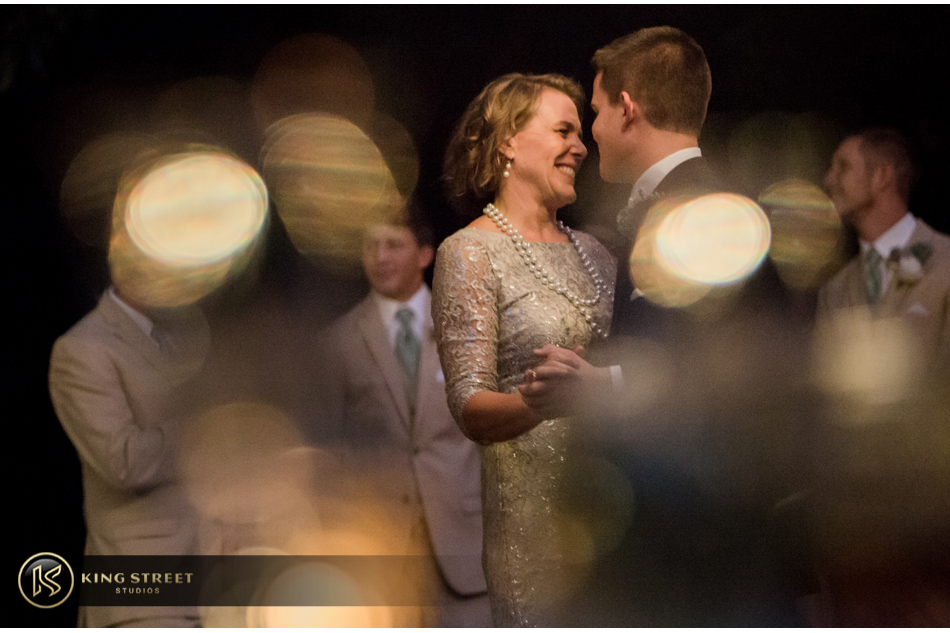 wedding reception pictures and wedding reception ideas by charleston wedding photographers king street studios