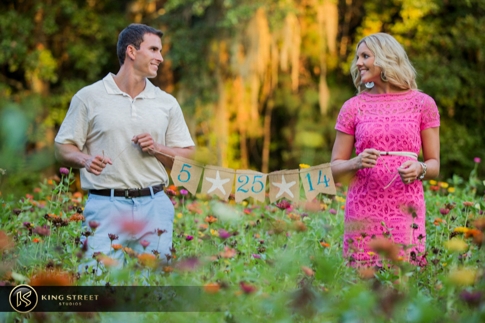 downtown charleston engagement pictures and engagement photography by charleston wedding photographers king street studios