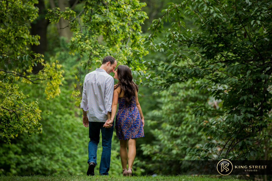 new york engagement pictures and new york engagement photography by new york wedding photographers king street studios-4