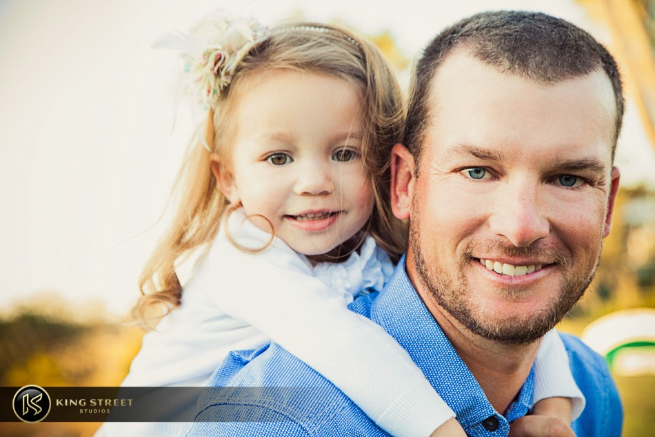 family pictures of profesional golfer kyle thompson by charleston family portrait photographers king street studios (4)