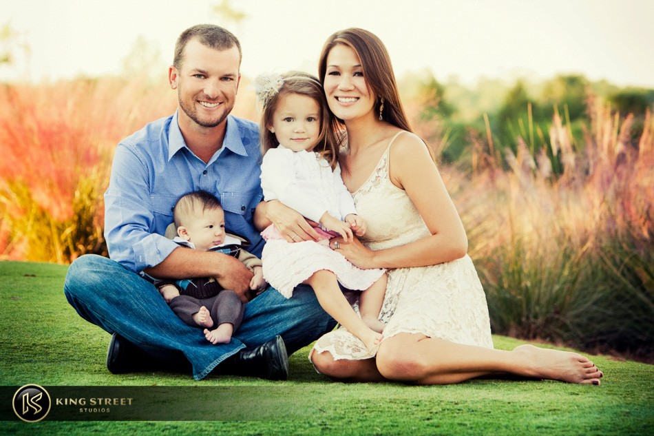 family pictures of profesional golfer kyle thompson by charleston family portrait photographers king street studios (8)