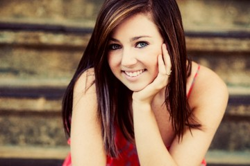 senior pictures and senior picture ideas - bett - by charleston photographers king street studios