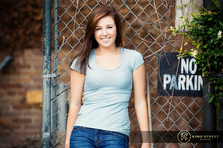 senior pictures and senior picture ideas – bett – by charleston photographers king street studios (4)