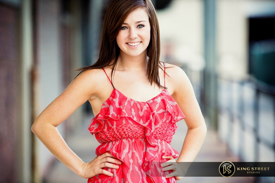 senior pictures and senior picture ideas – bett – by charleston photographers king street studios (5)