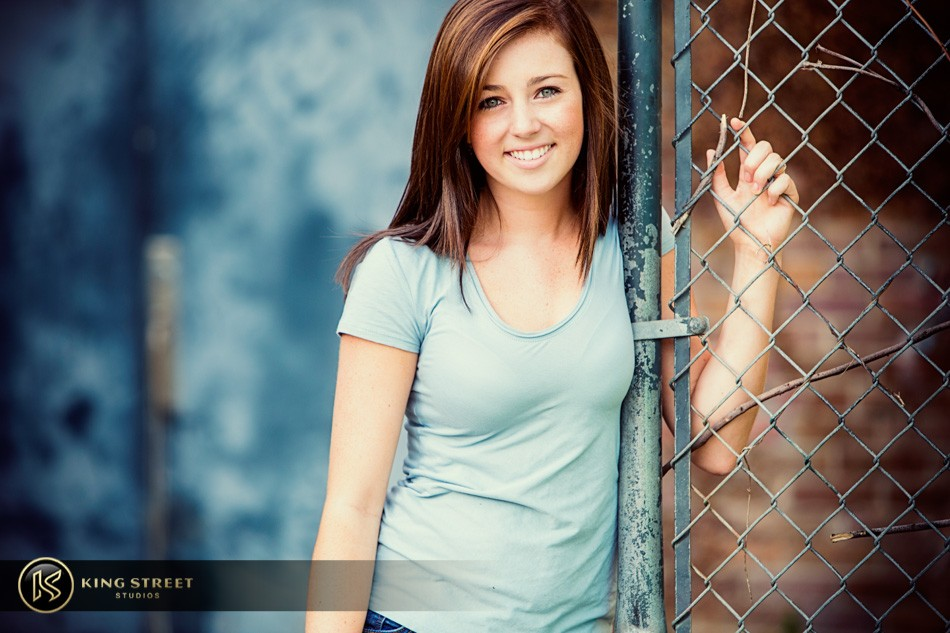 senior pictures and senior picture ideas – bett – by charleston photographers king street studios (8)