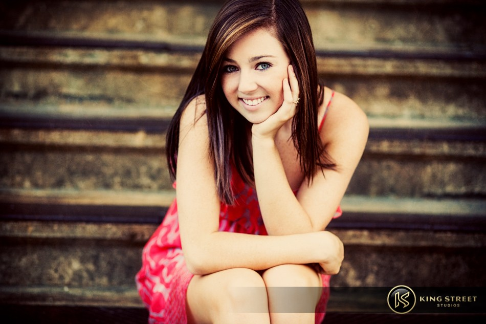 senior pictures and senior picture ideas – bett – by charleston photographers king street studios (9)