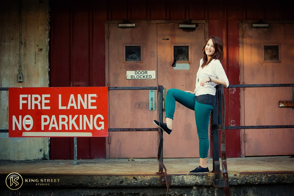 senior pictures and senior picture ideas – catherine – by charleston photographers king street studios (10)