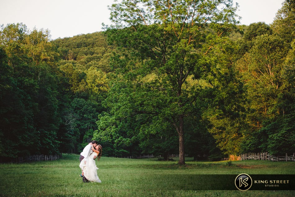 wedding photography, wedding pictures, wedding photos, and wedding pictures ideas by charleston wedding photographers king street studios