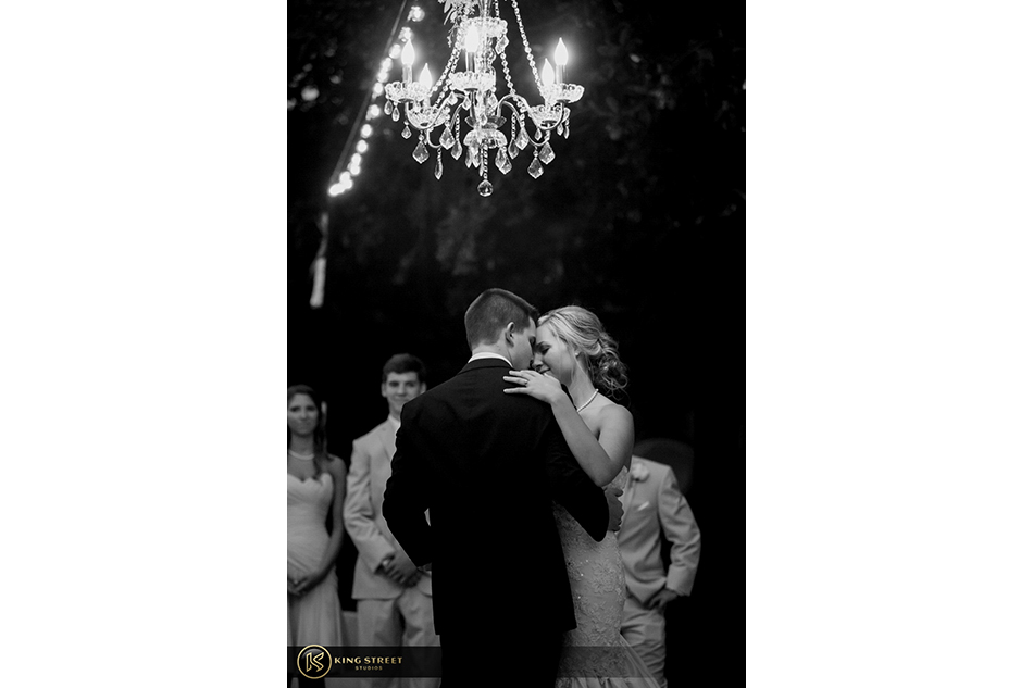 wedding pictures, wedding photos, and wedding photography from charleston weddings at legare waring house by charleston wedding photographers king street studios