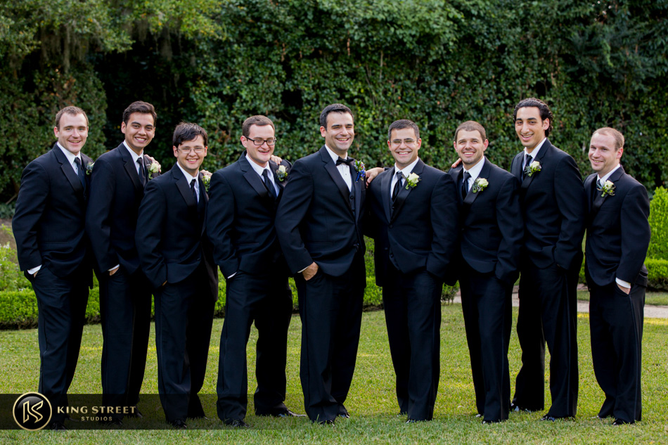 wedding pictures from charleston weddings at middleton place by charleston wedding photographers king street studios
