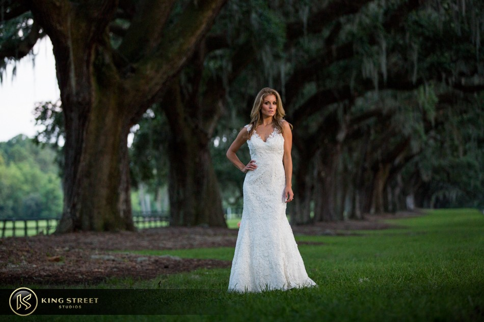 charleston bridal portraits, bridal portrait photography, bridal photographers by charleston wedding photographers king street studios