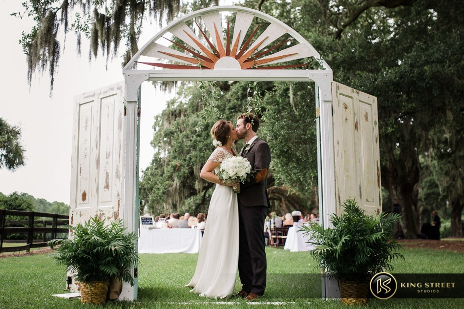 charleston weddings, wedding pictures, charleston wedding pictures, wedding photos, boone hall weddings, and wedding photography by charleston wedding photographers king street studios (29)