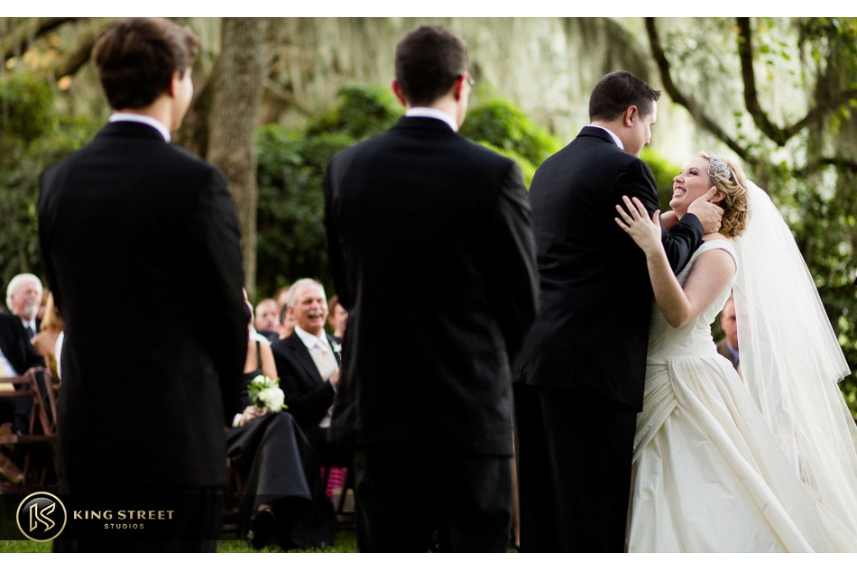 charleston weddings, charleston wedding photography, wedding pictures and wedding photos at legare waring house by charleston wedding photographers king street studios 26