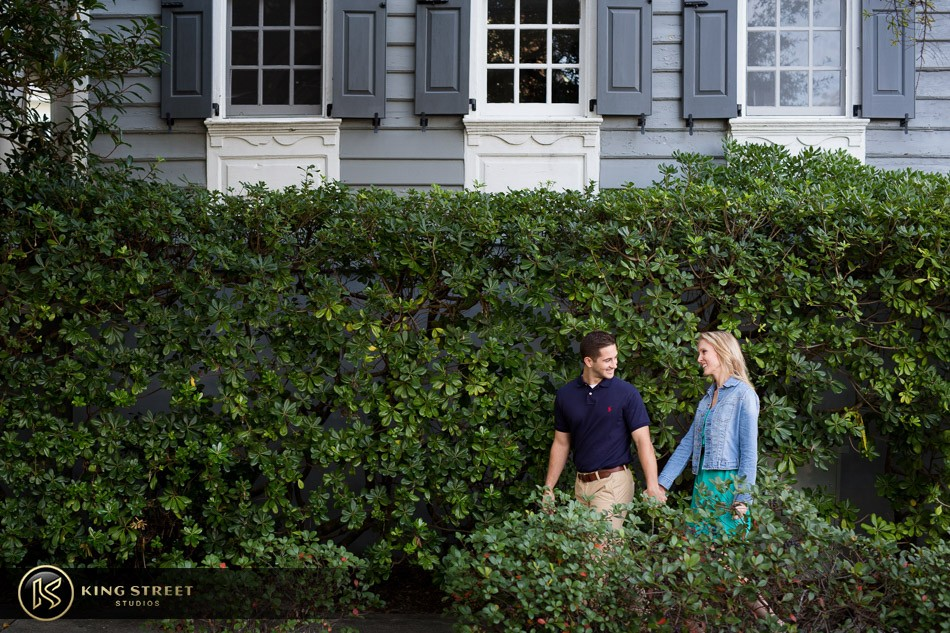 engagement pictures, engagement picture ideas, engagement photos, engagement photo ideasby charleston engagement photographers king street studios 5