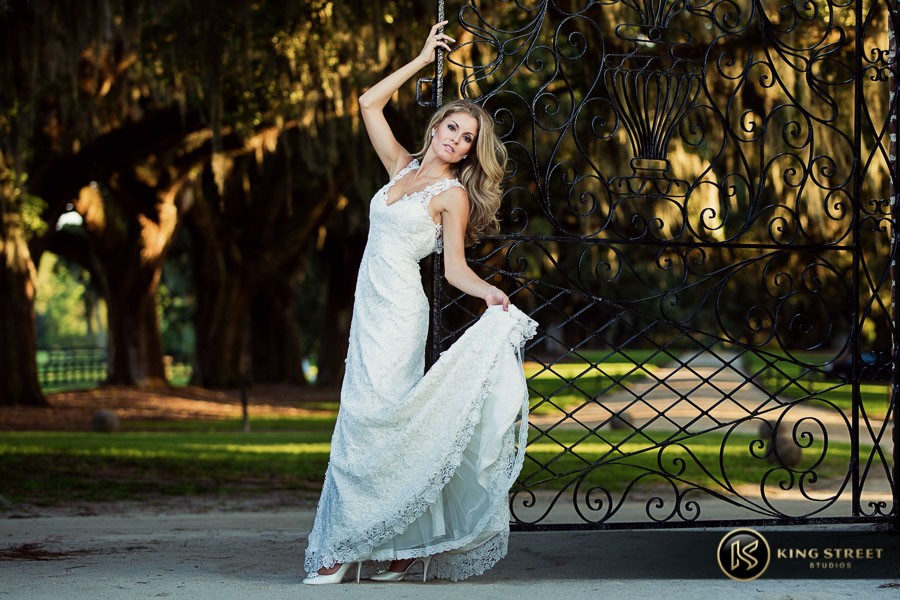 bridal pictures by charleston wedding photographers king street studios-29