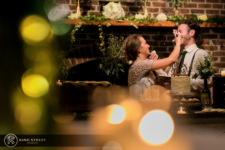 wedding pictures by charleston wedding photographers king street studios (304)