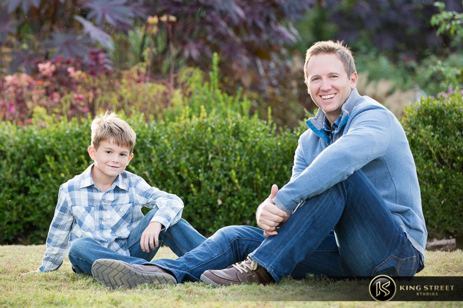 how to make family portraits look natural
