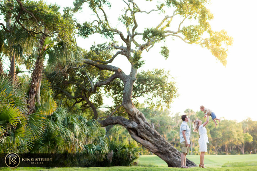 family pictures kiawah island by charleston family portrait photographers king street studios