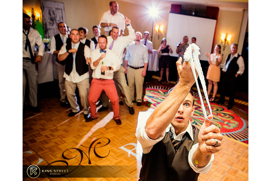 wedding reception pictures by charleston wedding photographers king street studios (512)