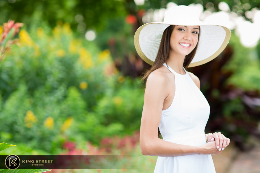 senior pictures at boone hall plantation by charleston senior portrait photographers king street studios (12)