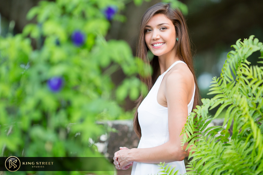 senior pictures at boone hall plantation by charleston senior portrait photographers king street studios (20)