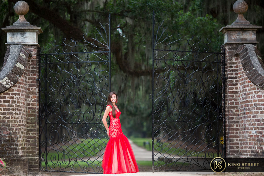 senior pictures at boone hall plantation by charleston senior portrait photographers king street studios (26)